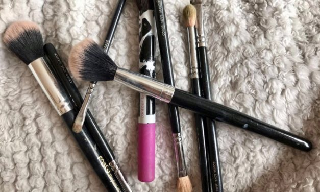 THE ULTIMATE MAKEUP STARTER KIT – FROM A REAL MUA