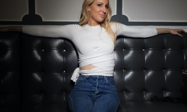 NIKKI GLASER AT HOTEL CHANTELLE, NY